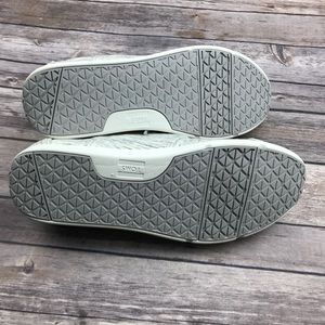 6cd587e8226 Toms Shoes - •Toms• NWT Vegan Birch Heather Casual Sneaker